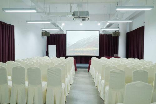 Tiêu chuẩn để thiết kế sân khấu hội trường sang trọng